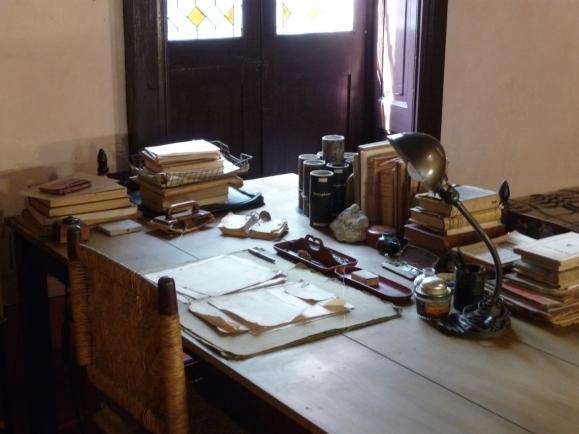 Trotsky desk